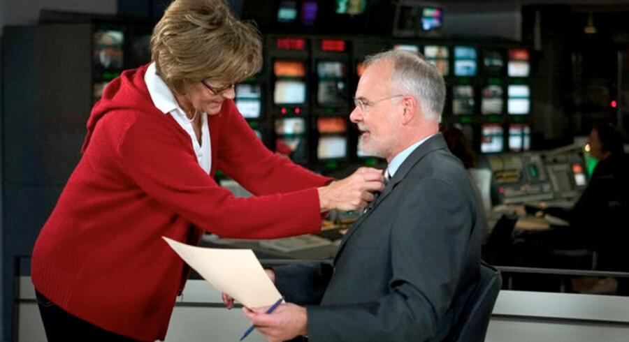 Studievært på Nyhederne, Per Christiansen gøres klar til dagens udsendelse.