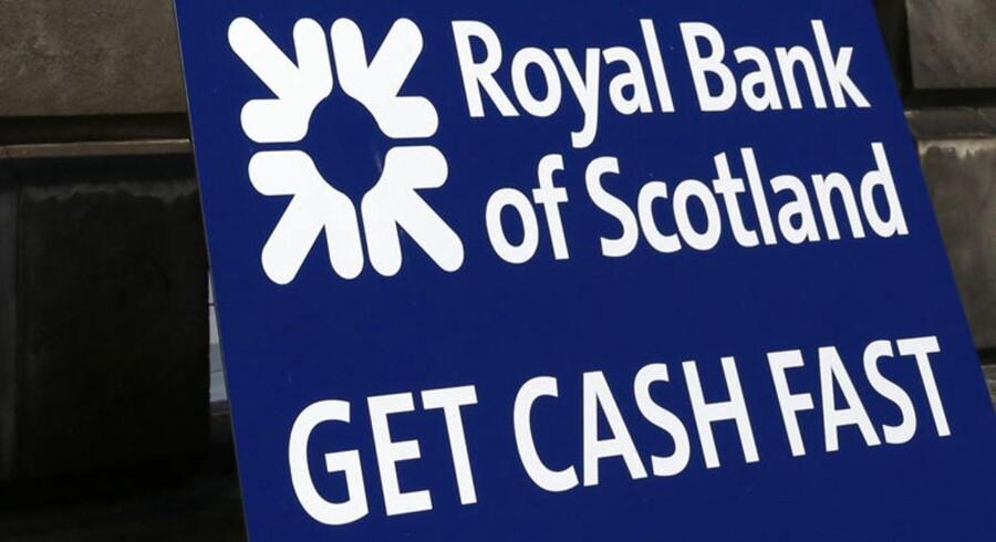 Royal Bank of Scotland siger, at den vil flytte sit hovedsæde til London, hvis der bliver flertal for et selvstændigt Skotland.