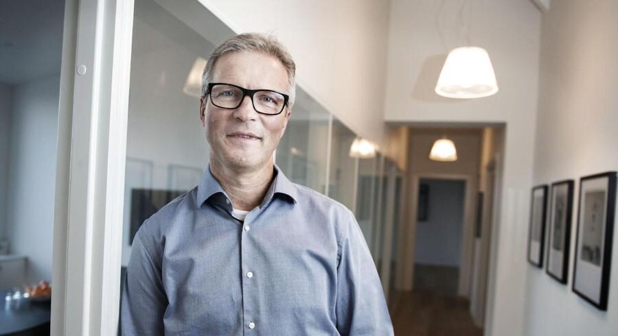 Finn Birkjær Nielsen arbejder i det genopstandne IBI dels fra et kontor på Christan IX's Gade i det indre København, dels ifra hjemmet i Sejs lidt uden for Silkeborg.