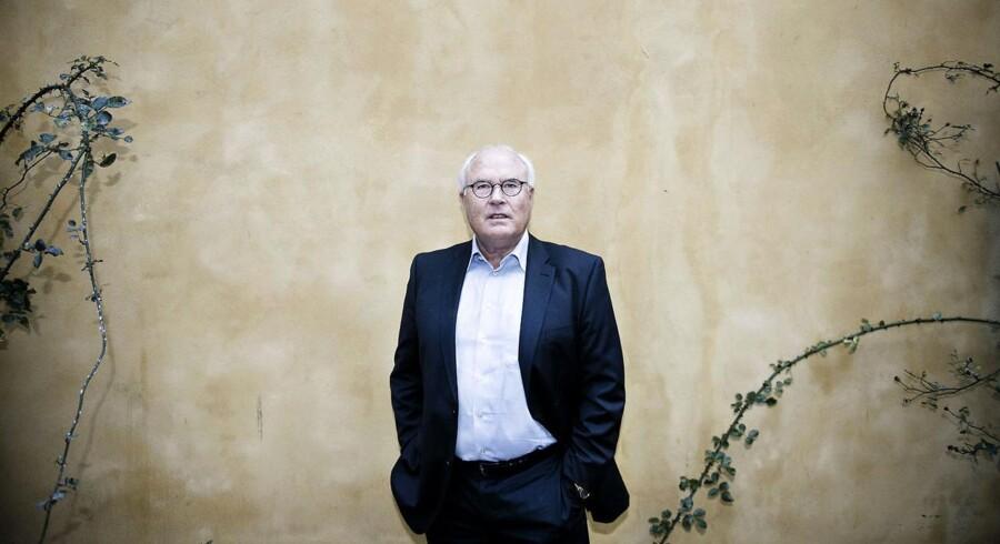 Flemming Østergaard bogførte sidste år en egenkapital på knap 33 mio. kr. i Østergaard-familiens selskab. Bagmandspolitiet, som har tiltalt ham for kursmanipulation, vil konfiskere over 15 mio. kroner hos den tidligere Parken-formand, hvis han bliver dømt.
