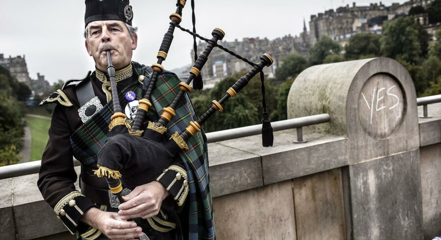 I EU holder man vejret, når skotterne torsdag skal stemme ja eller nej til selvstændighed.