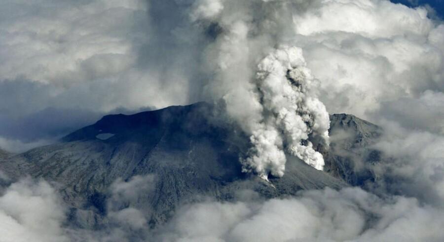Mount Ontake i udbrud.