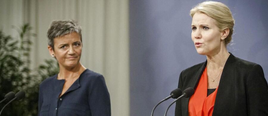 De Radikale og S-toppen har indtil videre stået last og brast om dagpengene. Men presset vokser på især statsminister Helle Thorning-Schmidt (S).