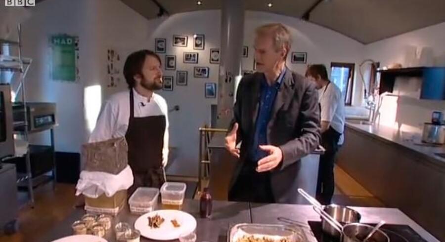 Nomas stjernekok René Redzepi og BBC's Hardtalk-vært Stephen Sackur under interviewet.