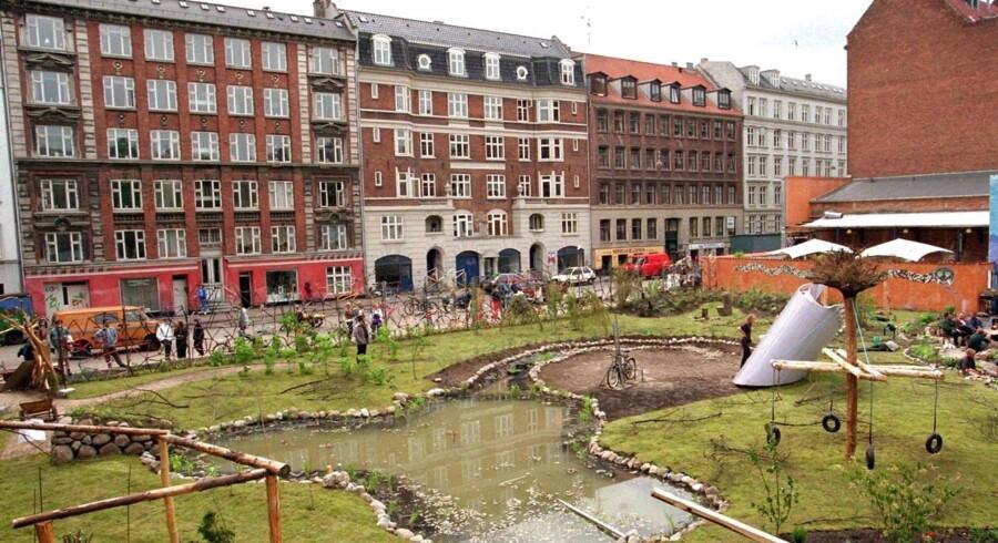 2. juni 1996 lykkedes det op mod 1.000 aktivister at plante en have på en enkelt nat på Nørrebro.