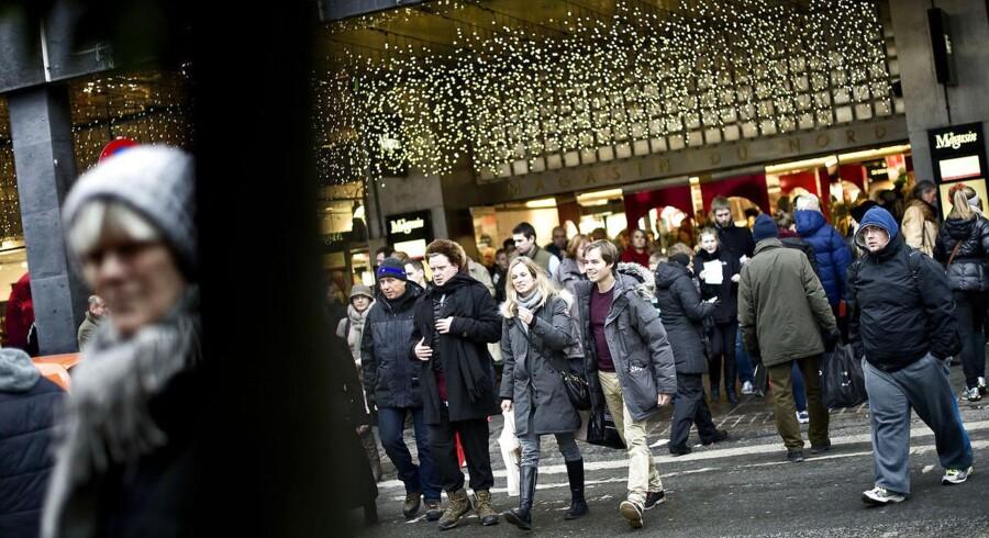 Det er essentielt for mange brancher, at danskerne har en stor købelyst i juletiden. Mange virksomheders årlige succes afhænger af, hvordan omsætningen ser ud i julen. Nogle hiver næsten halvdelen af den årlige omsætning i land i november og december.