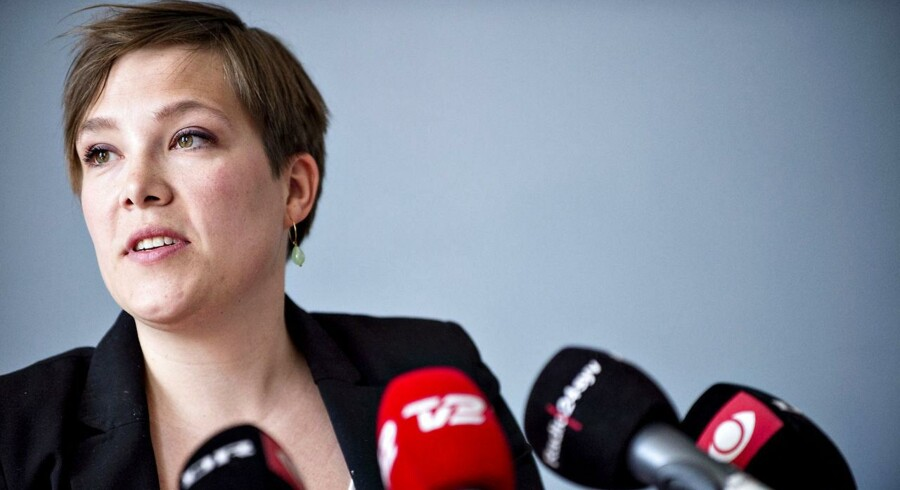 Sundhedsminister Astrid Krag ønsker debat om passiv dødshjælp
