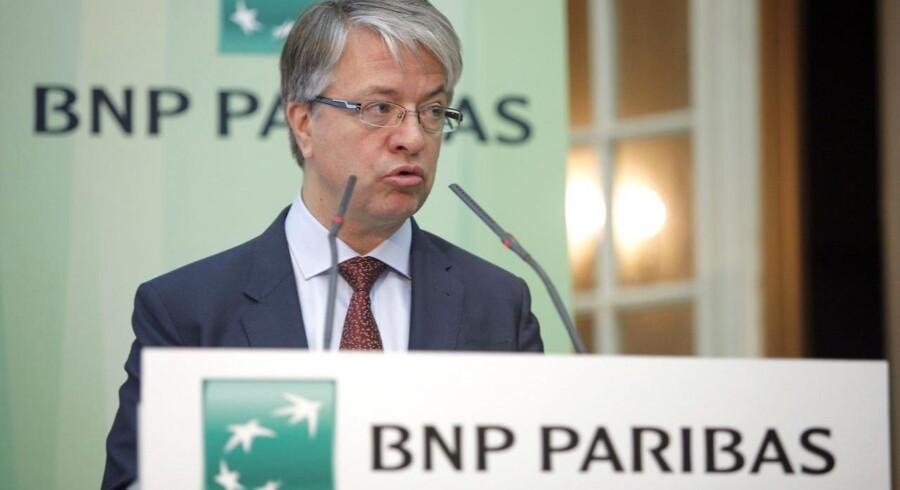 BNP Paribas-chef Jean-Laurent Bonnafe præsenterer storbankens regnskab og dermed det største underskud i de 14 års levetid.