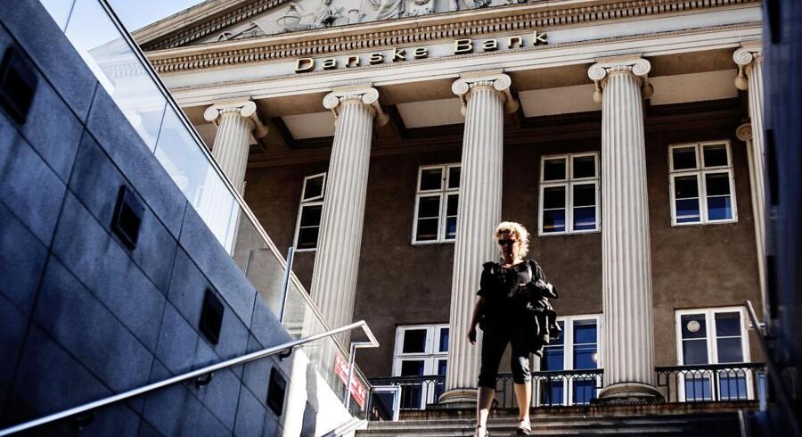 Danske Bank nedjusterer forventningerne med en milliard kroner, men aktien stiger alligevel pænt torsdag.