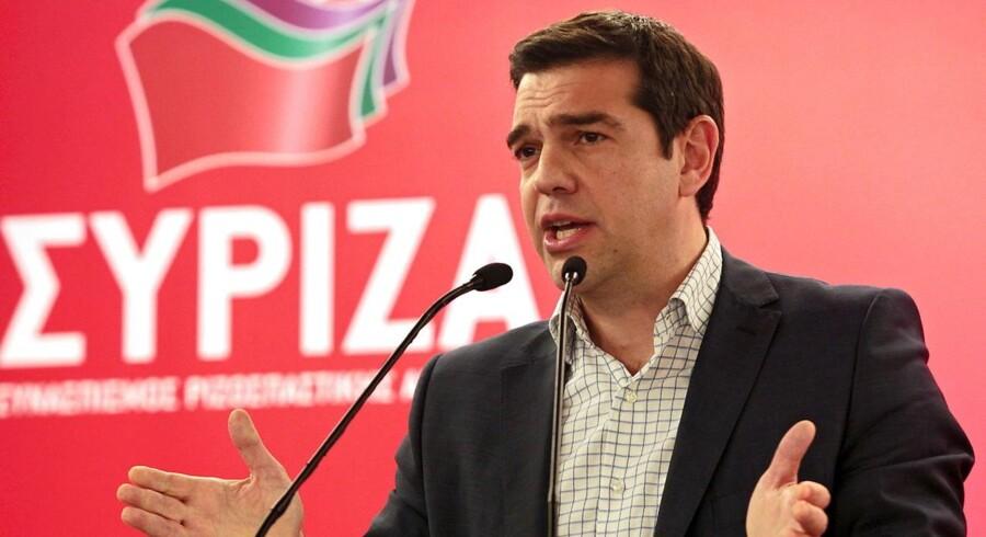 Den græske premierminister AlexisTsipras skælder ud på landets kreditorer i en indlæg i den fransk avis Le Monde. Tsipras mener, at kreditorerne stiller »absurde« krav til grækerne.