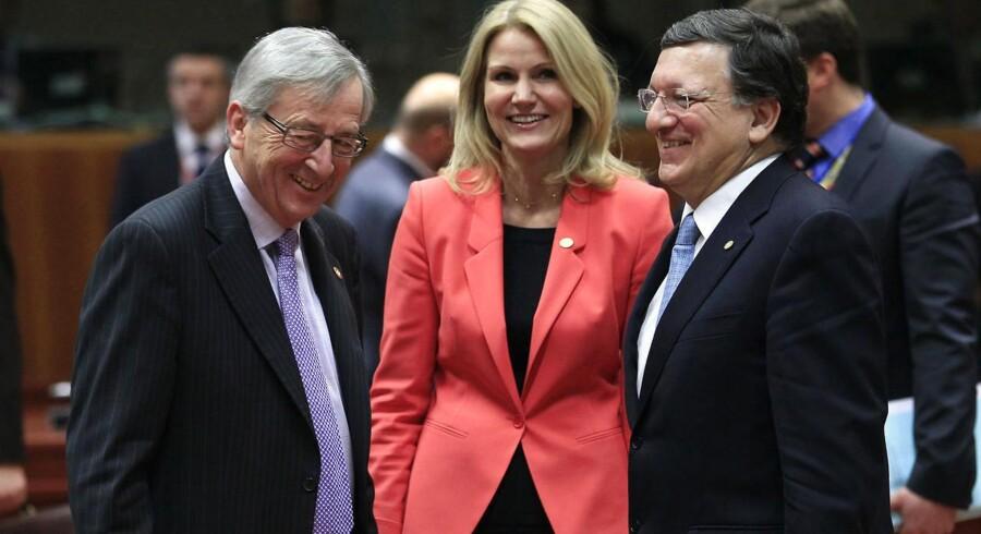 Helle Thorning-Schmidt mødes onsdag med den nye formand for EU-Kommissionen, Jean-Claude Juncker (til venstre). Juncker overtager til november posten fra José Manuel Barroso (til højre).