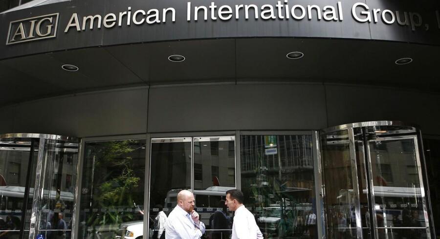 Den amerikanske forsikringskoncern AIG har indgået et forlig til 960 mio. dollar, godt 5,3 mia. kr., med firmaets aktionærer. Sagen stammer fra 2008, hvor AIG blev reddet af den amerikanske stat, skriver Financial Times.