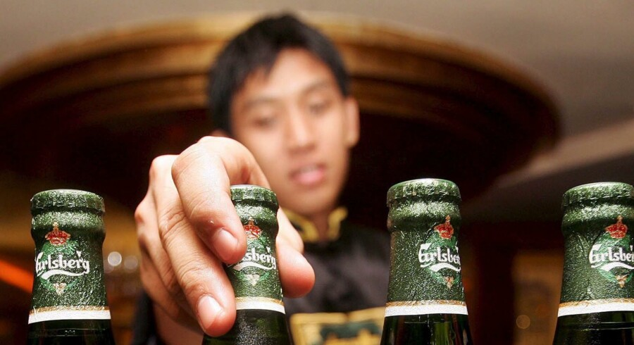 Carlsberg har blikket rettet mod Asien og mange penge at købe op for, men også konkurrenterne har kig på de interessante bryggerier i regionen.