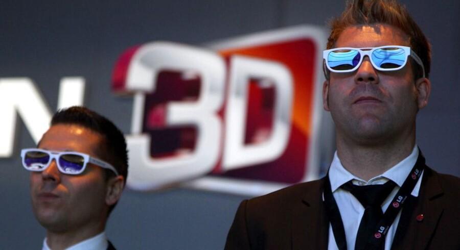Stort set alt skal ses i 3D, hvis det står til elektronikproducenterne. Foto: Wolfgang Kumm, EPA/Scanpix