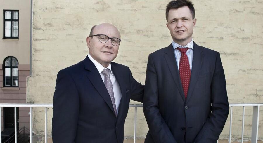 Adm.dir Anders Vadsholt (t.h.) og bestyrelsesformand Bo Jesper Hansen (t.v.) fra Topotarget.