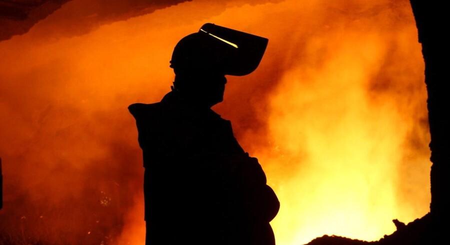 Den tyske stålkoncern ThyssenKrupp landede en overskud, der var lidt bedre end ventet i andet kvartal.