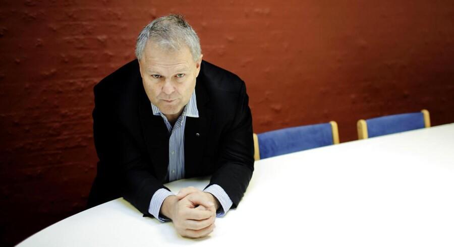 Formanden for Dansk Pilotforening, Lars Bjørking, er ikke enig med sine norske og svenske kolleger .