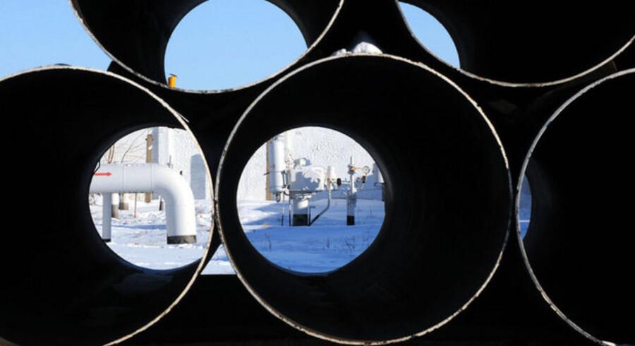 Et kik gennem tomme gasrør i Ukraine. Foto: Sergei Supinsky, AFP/Scanpix