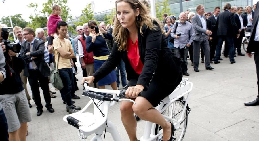 I dag bliver Københavns nye bycykel, der går under navnet verdens bedste by- og pendlercykel, præsenteret. Det sker på Stig Lommers Plads ved Flintholm Station, hvor blandt andet transportministeren vil være til stede.