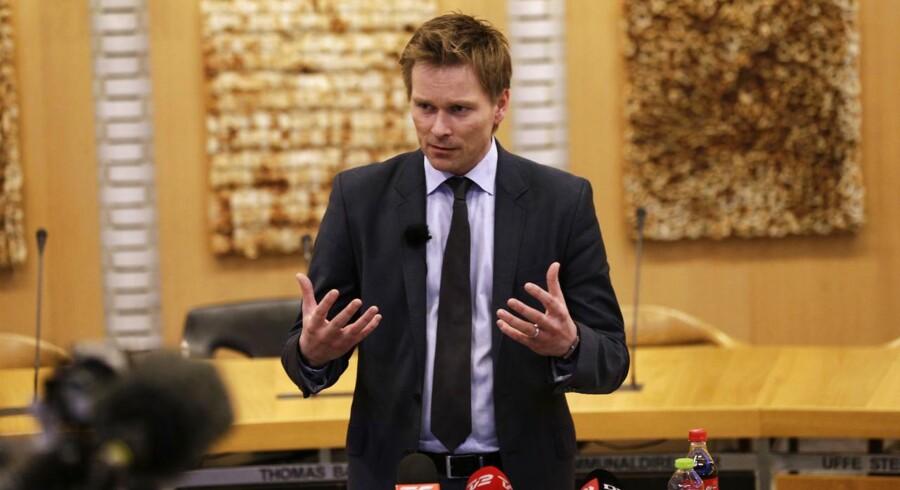 Den 31-årige Thomas Banke oplyste på et pressemøde torsdag d.10. januar 2013, at han trækker sig som borgmester i Fredericia.
