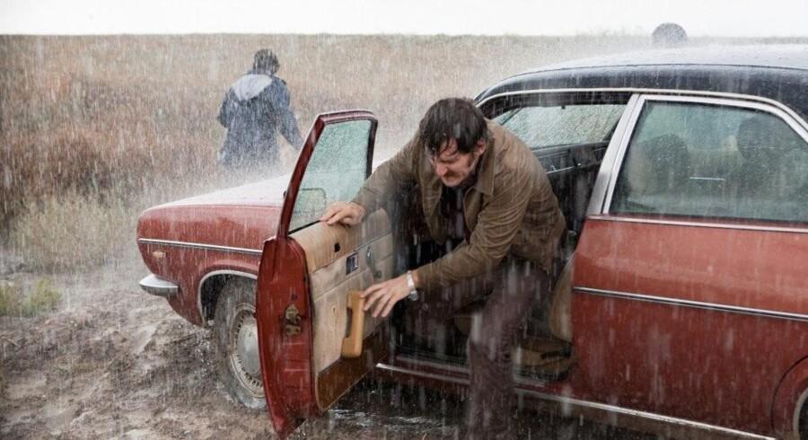 Når hovedpersonerne er enige, hvilket de absolut ikke altid er, truer regnen eller blæsten i de flotte landskaber. Pressefoto