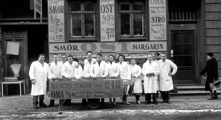 1958: Her kan man få smør, ost og margarine. - og sikke priser. Kolona Magasin.
