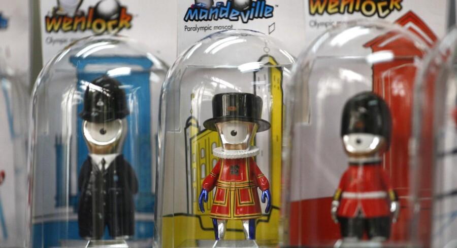 OL-maskotterne Wenlock og Mandeville kommer i utallige merchandise-varianter. Wenlock er OLs officielle maskot, mens Mandeville er maskot for Handicap-OL.