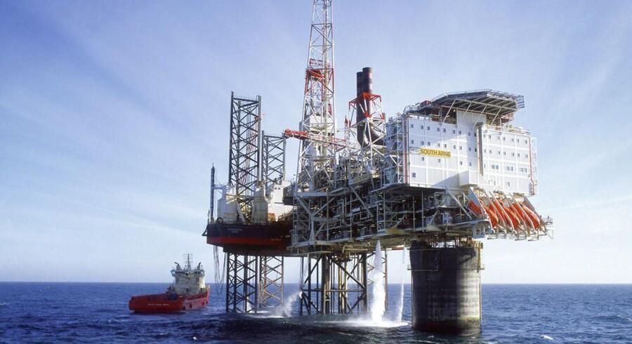 """Hess tjener, på trods af øgede danske afgifter, mange milliarder på olie i Nordsøen. Her ses """"Syd Arne"""" som fra 2004 til 2011 har generet et årligt afkast på min. 17 pct."""