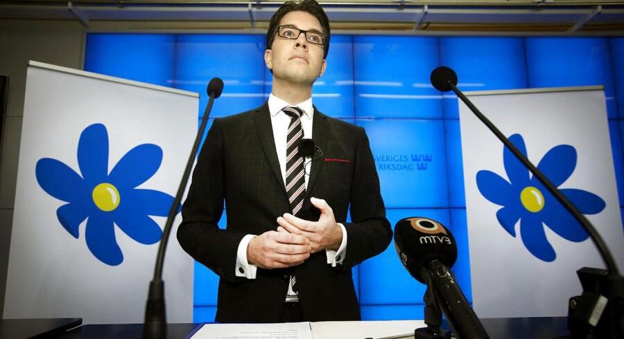 Sverigedemokraternes formand Jimmie Åkesson og hans parti opnår nu tilslutning fra 13,3 procent af de svenske vælgere.