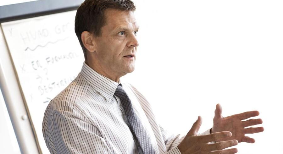 Ole Andersen, bestyrelsesformand i Danske Bank holder sine direktører i kort snor.