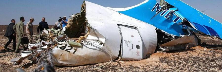 Der er en stor chance for, at Metrojet-flyet havde en bombe med ombord, siger en sikkerhedskilde til CNN.