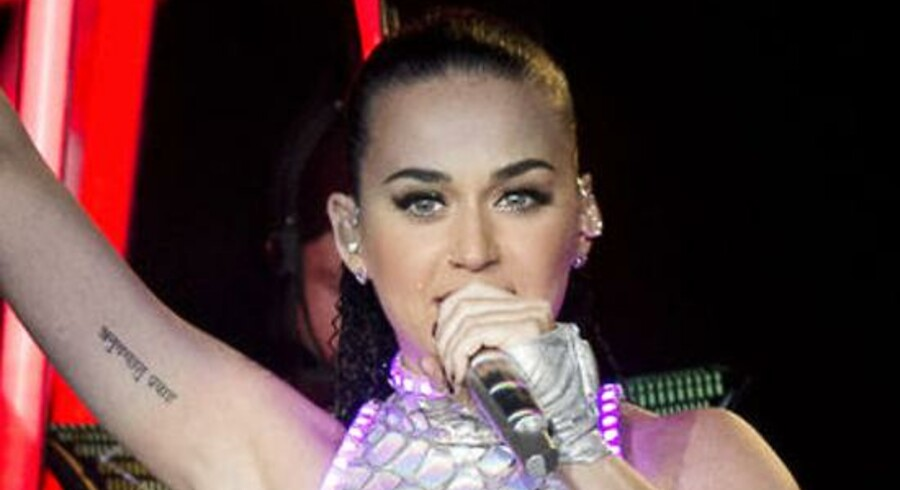 Lørdag 7. marts optrådte den amerikanske pop-sangerinde Katy Perry i Jyske Bank Boxen i Herning.Det var Katy Perry's stop nummer 126 på sin tour, der har fået navnet Prismatic World Tour.