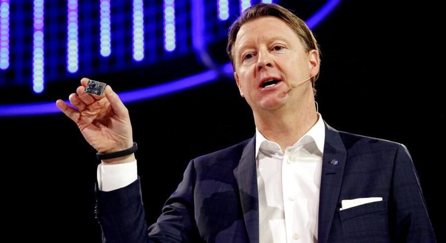 Hans Vestberg, svenske Ericssons topchef, i vanligt hopla under en af sine mange præsentationer af den svenske mobiludstyrsgigants frembringelser - her på Mobile World Congress, verdens største mobilmesse, i Barcelona i februar 2014. Arkivfoto: Pau Barrena, AFP/Scanpix