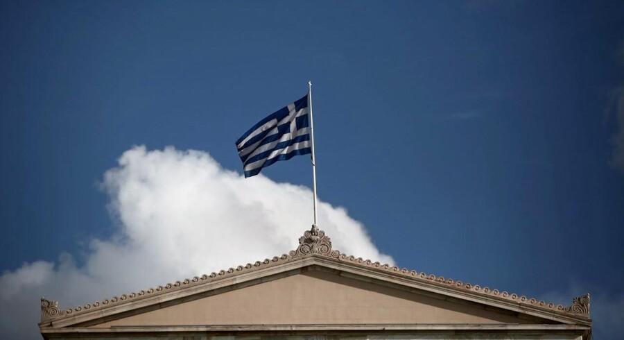 Det er de største sparepakker, der nogensinde er set i verdenshistorien, som Grækenland har været udsat for de senere år. Men det har ikke været urimelige krav, Grækenland er blevet mødt med, og de har også allerede fået eftergivet en del af deres gæld, vurderer cheføkonom Helge J. Pedersen.