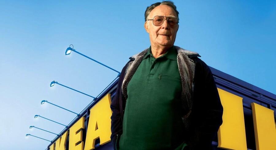 IKEAs fader Ingvar Kamprad (billedet) overlader nu posten som bestyrelsesformand i Inter IKEA Group til sin yngste søn Mathias Kamprad.