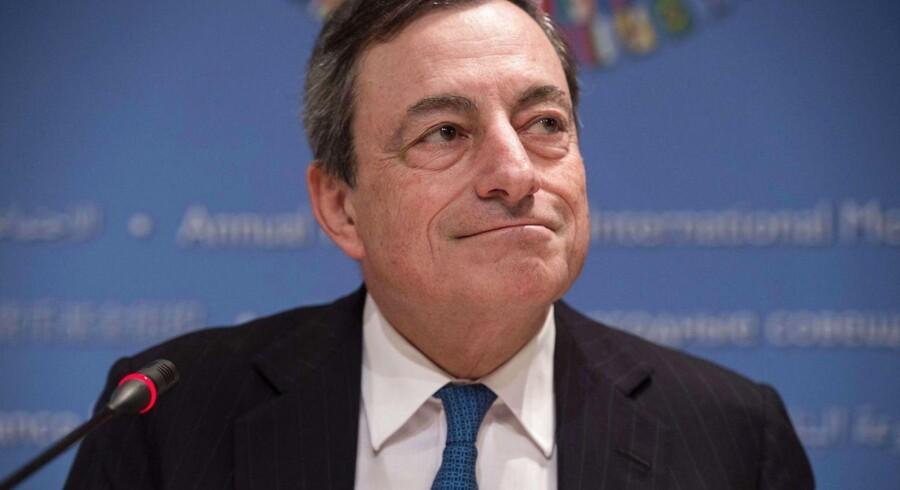 Fokus rettes nu mod pressemødet kl. 14.30, hvor der vil blive lyttet godt efter, hvad centralbankchefen, Mario Draghi, har at sige.