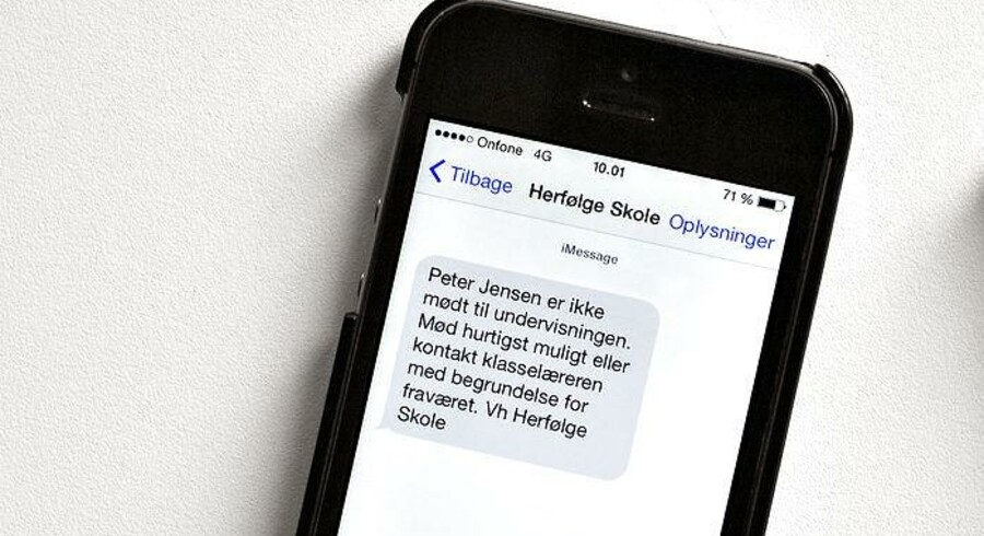 Pjække-SMSer kan være en god ide, men det må ikke fører til administrationsbøvl, mener Socialdemokraterne.