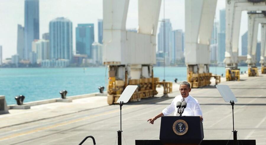 Præsident Barack Obama vil blandt andet investere i nye havne og veje, men den fastlåste situation i Kongressen har sænket de offentlige investeringer til det laveste niveau siden Anden Verdenskrig.
