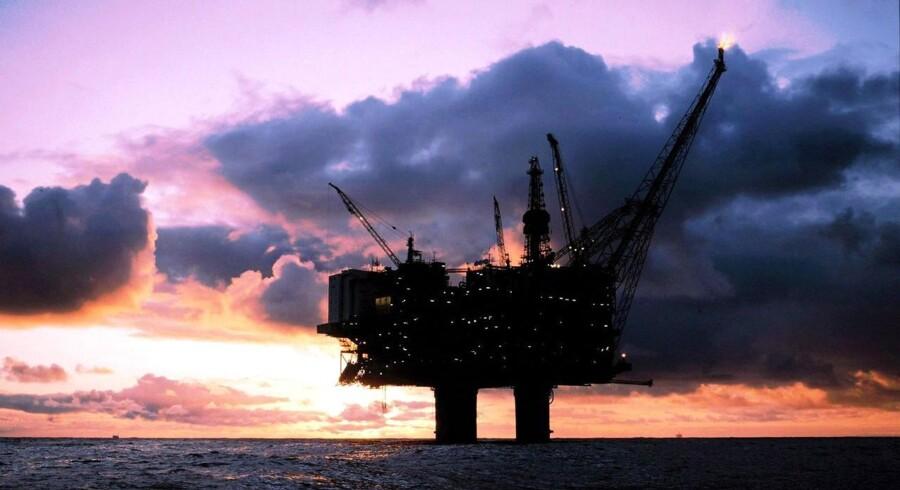 Regeringens forslag om at stramme reglerne for olieselskaberne i Danmark, rammer de selskaber, der står uden for DUC, så hårdt, at det tyske olieselskab Bayerngas nu truer med at trække sig ud af Nordsøen.