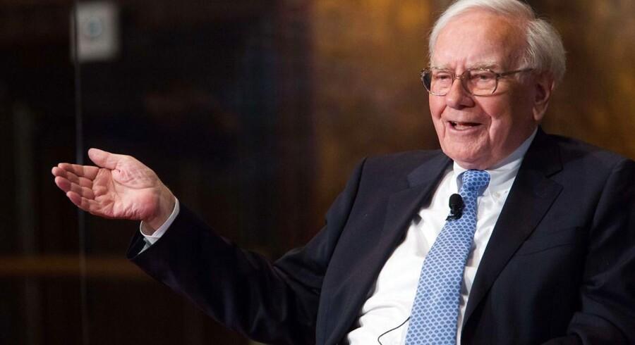 83-årige Warren Buffett investerer stadig langsigtet, og det har tjent ham godt siden 1965.