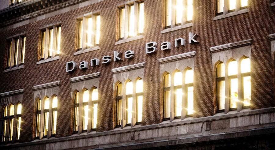 Irlands højesteret har dømt Danske Bank til at udlevere navne på kunder, som i 2002 havde konti i den irske banks filial i skattelyet på Isle of Man.