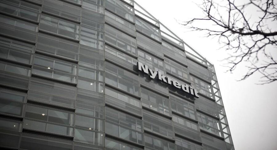 Med en beholdning på 60-70 mia. kr. er Nykredit den aktør, som ligger med suverænt flest realkreditobligationer – herunder også egne obligationer, erkender koncerndirektør Søren Holm.
