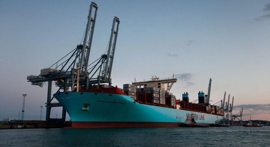 Aarhus Havn er indtil videre den eneste havn i Danmark, hvor der er plads til, at Mærsks nye containerskib kan laste og losse containere.