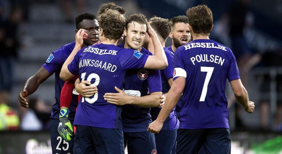 FC Midtjyllands Erik Sviatchenko og co efter superliga kampen mellem Brøndby IF- FC Midtjylland på Brøndby Stadion mandag den 14. maj 2018. (Foto: Liselotte Sabroe/Scanpix 2018)