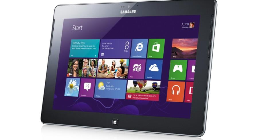 Samsungs nye Windows 8-serie hedder Ativ og omfatter blandt andet denne Ativ Tab, som ligger i den absolut dyre ende af tavlecomputere: 6.000 kroner vil den koste. Foto: Samsung