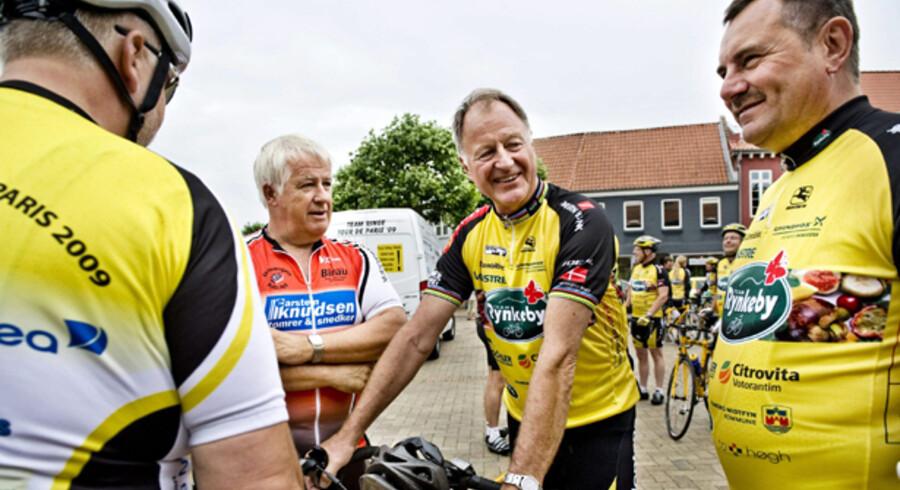 Jørgen Dirksen (th.) sammen med formanden for Dansk Cykle Union  Peder Pedersen.