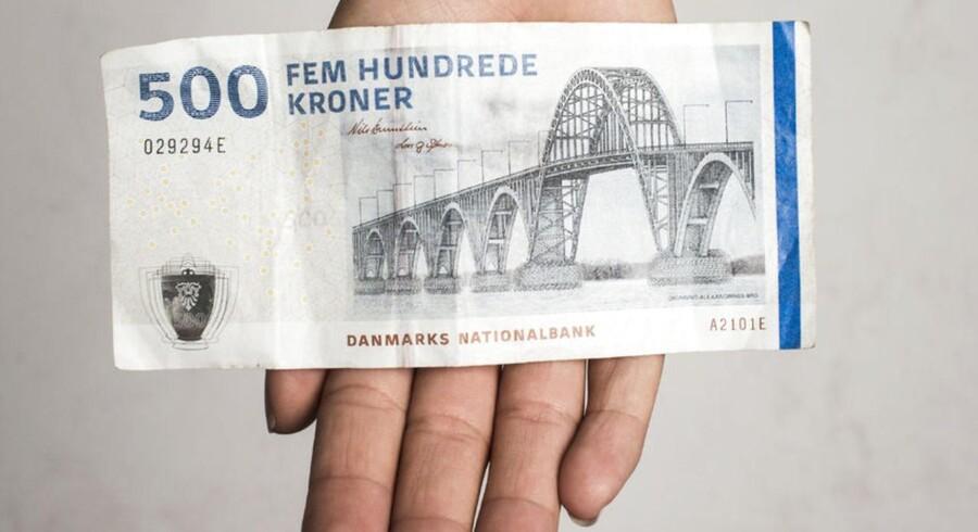 Færre danskere kommer til at betale topskat næste år - det gør også fradrag for pensionsopsparing mindre værd.