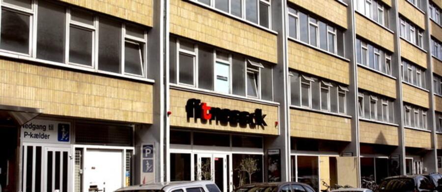 Adelgade 5-7 i København blev omdannet til Philippe Starck-luksuslejligheder.