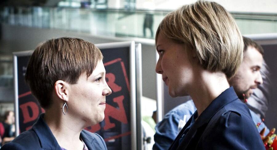 Astrid Krag og Ida Auken, her ved SFs landsmøde i 2012, hvor Astrid Krag blev slået af Annette Vilhelmsen, er begge fortid i SF, efter de er skiftet til henholdsvis Socialdemokraterne og Radikale Venstre. Foto: Camilla Rønde.