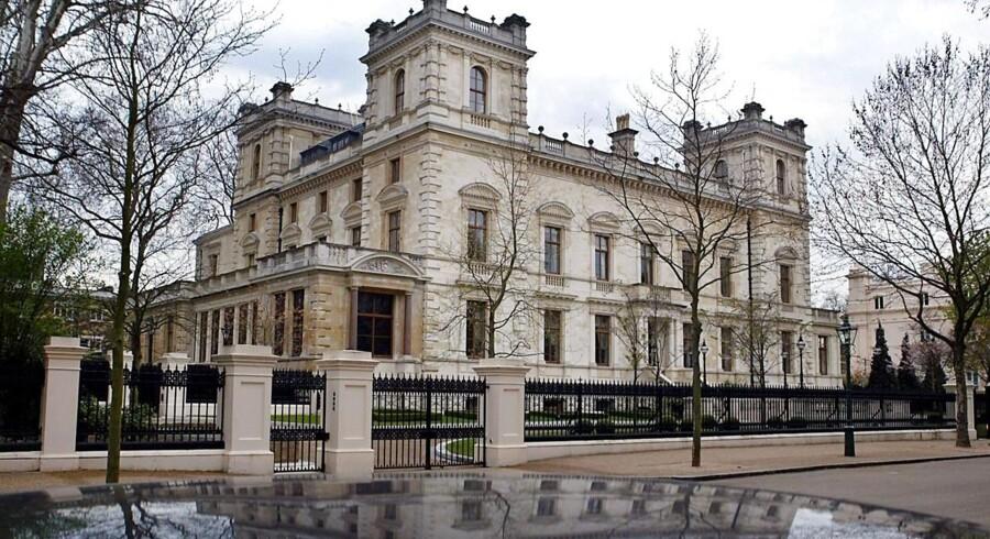 Kensington Palace Gardens i West London. Huset tilhører milliardær Lakshmi Mittal og menes at være verdens dyreste hus.